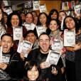 De nombreux fans de Ricky Martin se sont bousculés dans une librairie de Chicago (Etats-Unis) où il était attendu pour signer  Me , son autobiographie, vendredi 12 novembre.
