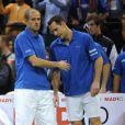 Ici Guy Forget et Michael Llodra. L'Equipe de France de tennis a perdu en finale de la Coupe Davis contre la Serbie, le 5 décembre 2010