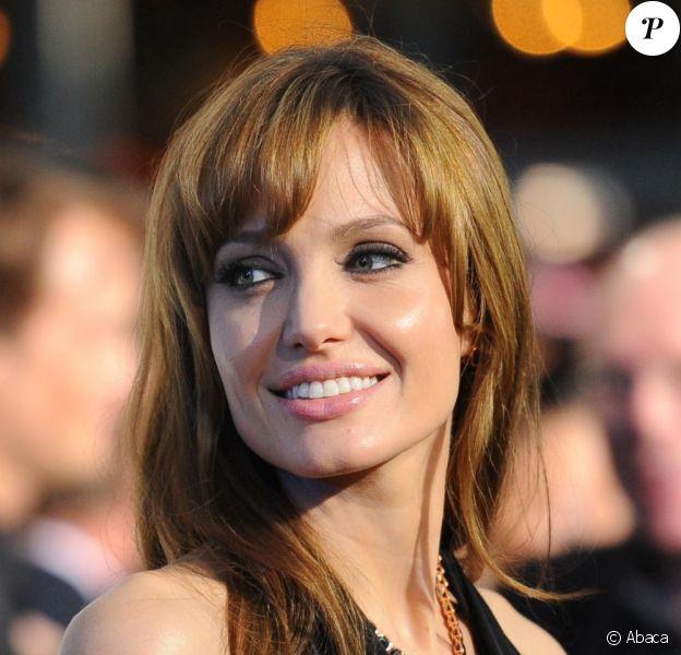Angelina Jolie lors de la première de Salt à Berlin portait une de ses créations