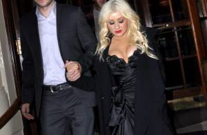 Christina Aguilera en couple avec son nouvel amour à la première de Burlesque !