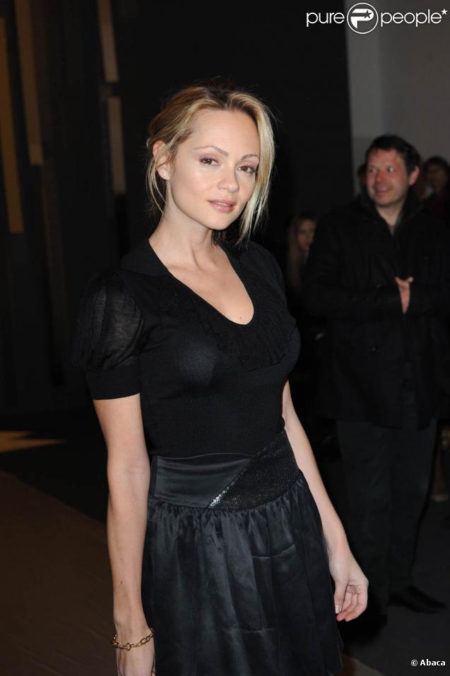 La ravissante Béatrice Rosen sera omniprésente sur scène, à la radio, au cinéma et à la télévision en 2011 !