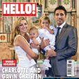 Charlotte Church et son compagnon Gavin Henson en couverture de Hello! Magazine (sept 2009) avec leurs enfants, Dexter et Ruby