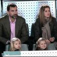 Felipe et Letizia d'Espagne sont avec leurs fillettes à Madrid, lors d'un match d'exhibition caritatif entre Rafael Nadal et Roger Federer. 22/12/2010