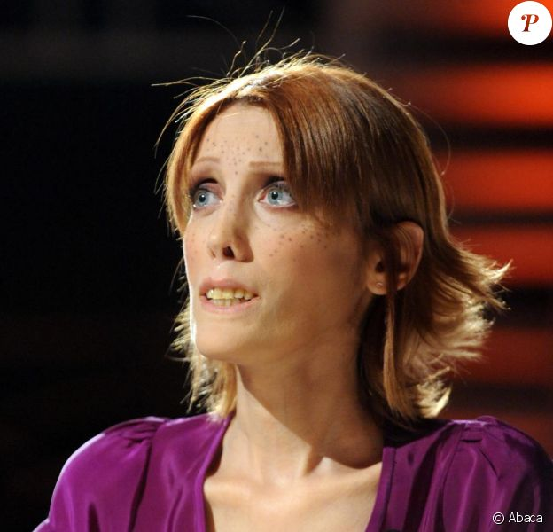 Isabelel Caro lors d'une émission de télé italienne en mars 2010