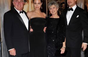 Brad Pitt et Angelina Jolie: Visite surprise des tourtereaux dans un hôpital...