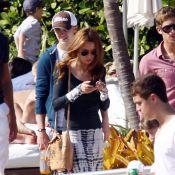 Tom Felton : L'ennemi d'Harry Potter roucoule à Miami avec sa belle !
