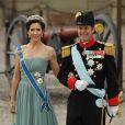 Mary et Frederik de Danemark lors du mariage de la princesse de Suède Victoria en juin 2010