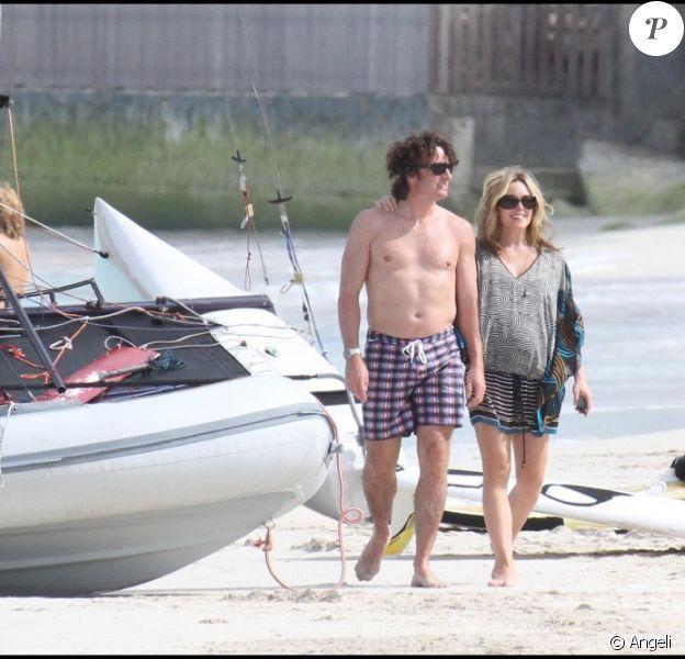 Jane Krakowski passe des vacances sereines avec son fiancé Robert Godley. Elle attend son premier enfant. Janvier 2011