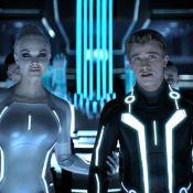 Tron Legacy : Quand de superbes sirènes déshabillent notre héros...
