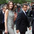 Carla Bruni et Nicolas Sarkozy à Londres, le 18 juin 2010.