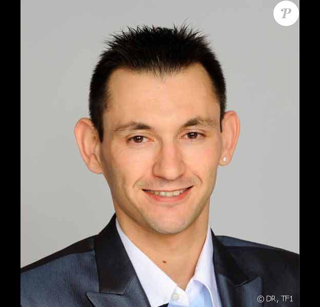 Alexandre était l'un des candidats de Qui veut épouser mon fils ?, sur TF1.