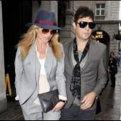 Kate Moss : Avec son fiancé, elle dégaine le style masculin-féminin, bravo !