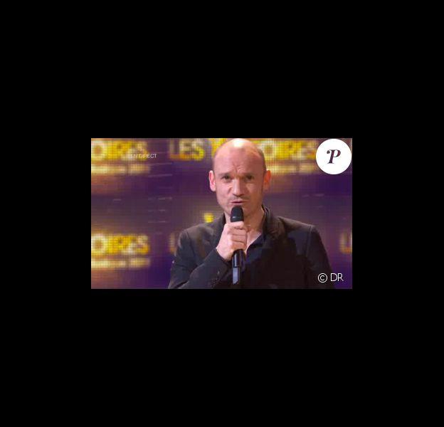 Gaëtan Roussel remporte la Victoire de l'Album de l'année pour son opus Ginger, lors de la seconde moitié des Victoires de la Musique 2011, mardi 1er mars sur France 2.