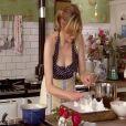 Sophie Dahl, femme de Jamie Cullum, dans son rôle de présentatrice culinaire pour la BBC