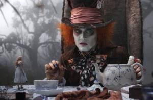Le film de votre soirée : Johnny Depp au Pays des Merveilles de Tim Burton...