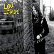 """Lou Lesage de """"LOL"""" : Une talentueuse chanteuse à la moue boudeuse !"""