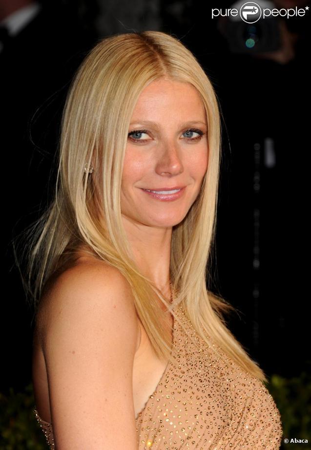 """Gwyneth Paltrow lors d""""une soirée hollywoodienne le 27 fécrier 2011"""