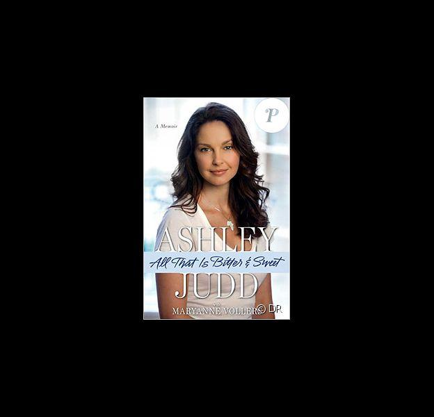 Dans son autobiographie All that is bitter and sweet, Ashley Judd révèle avoir été victime de viol et d'inceste.
