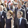 Carla Bruni-Sarkozy a choisi Chanel pour son périple tunisien