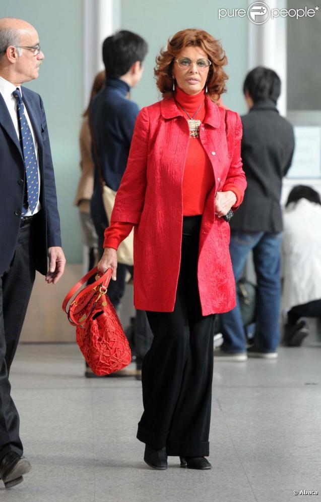 Sophia Loren à l'aéroport de Rome le 20 mars 2011