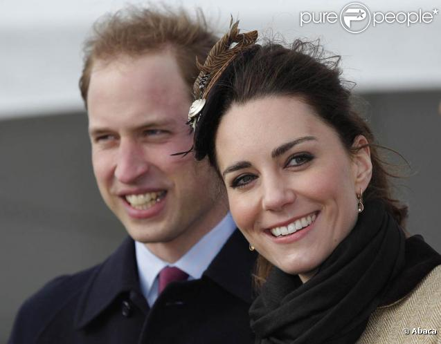 Première alerte à l'approche du mariage princeier : la famille Middleton s'est plainte du harcèlement de la presse après que Carole et Pippa Middleton ont été poursuivies par des photographes à moto, en avril 2011.
