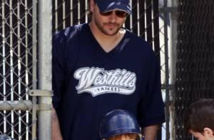 Kevin Federline : Aussi gros que sa chérie enceinte, il ne lâche pas son fils !