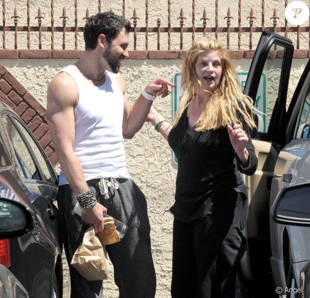 Kirstie Alley et Maksim Chmerkovskiy sortent d'une répétition pour l'émission Dancing With The Stars. A Los Angeles, le 16 avril 2011