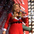 Mariah Carey en concert en décembre 2010 dévoilait ses rondeurs de femme enceinte