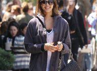 Jessica Alba : Enceinte, elle continue à suer pour garder la forme !