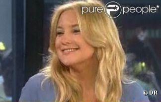 Kate Hudson a dévoilé sa bague de fiançailles offerte par Matthew Bellamy. Le 26 avril sur le plateau du Today Show