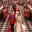 Kate et William sortent de l'abbaye de Westminster, à Londres, après avoir échangé leurs voeux, le 29 avril 2011.