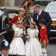 Au mariage du prince William et de Catherine Middleton, les petites demoiselles d'honneur et les jeunes pages, encadrés par les témoins Harry et Pippa, ont tenu leur rang avec classe !