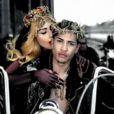 Images extraites du clip  Judas  de Lady Gaga, mai 2011.