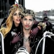 Lady Gaga, sexy et provocatrice, revisite la Bible : Voici le clip de Judas !