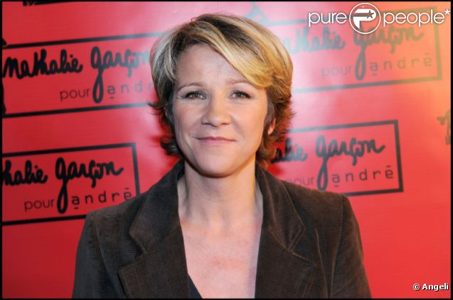 Ariane Massenet à la soirée de lancement de la nouvelle collection de chaussures de Nathalie Garçon en septembre 2010 à Paris