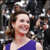 Cannes 2011 : Carole Bouquet éblouit le tapis rouge de Sleeping Beauty !