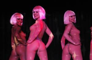 Cannes 2011 : Les superbes girls du Crazy Horse ont envahi la Croisette !