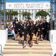 Les splendides girls du Crazy Horse présentent la collection Chopard, sur le ponton du Martinez, lors du 64e Festival de Cannes, le 17 mai 2011.