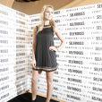 La ravissante Alex Curran, 28 ans, épouse du footballeur vedette Steven Gerrard, a annoncé sa troisième grossesse dans l'édition du 17 mai du magazine OK!, dont elle est chroniqueuse ! (photo : lancement de sa collection Forever Unique en novembre 2010)
