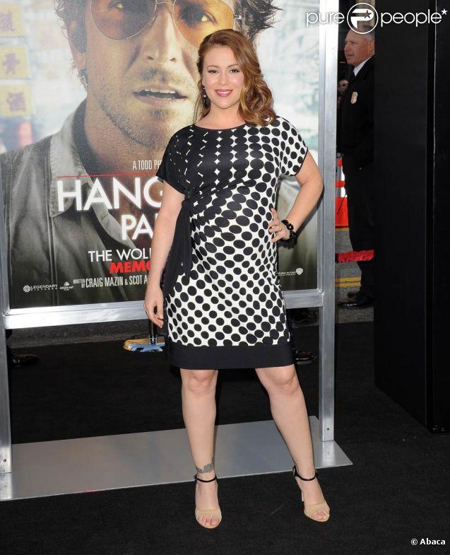 Alyssa Milano à l'occasion de l'avant-première de  Very Bad Trip 2 , au Grauman's Chinese Theatre d'Hollywood, à Los Angeles, le 19 mai 2011.