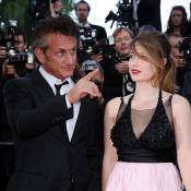 Cannes 2011 : Sean Penn, impérial, guide les pas de la jeune Eve Hewson...
