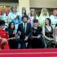 """""""Séquence émotion. Lors de la montée des marches de l'équipe de La Source des Femmes, des femmes marocaines, dont certaines n'avaient jamais quitté leur village, illumine Cannes dans leurs habits traditionnels !"""""""