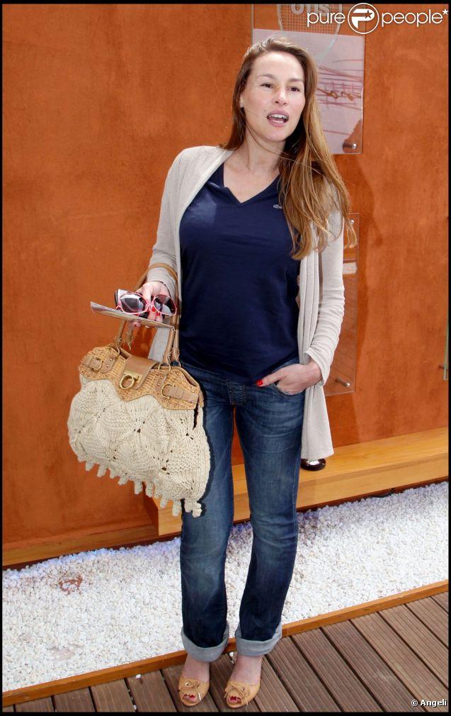 Vanessa Demouy au tournoi de Roland-Garros, le 31 mai 2011. Elle affiche une ligne superbe, un mois après son accouchement.