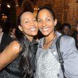 Christine Kelly et Christine Arron lors du lancement de l'opération 2000 femmes pour 2012, à Paris, le 31 mai 2011.