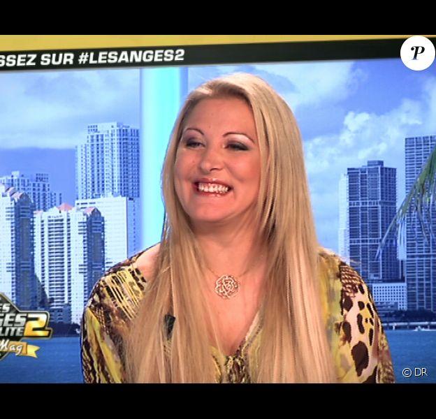 Loana invitée sur le plateau des Anges de la télé-réalité : Miami Dreams le 1er juin 2011