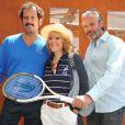 Christian Vadim, Julia Livage et David Brécourt lors du tournoi de Roland-Garros, le 2 juin 2011.