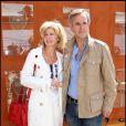 Bernard de La Villardière et son épouse au tournoi de Roland-Garros, le 2 juin 2011.