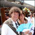 Robert Charlebois et son épouse au tournoi de Roland-Garros, le 2 juin 2011.