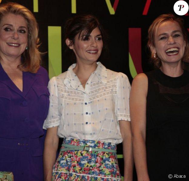 Catherine Deneuve, Audrey Tautou et Sandrine Bonnaire dans le cadre du Festival Varilux du Cinéma Français, au Reserva Cultura de Sao Paulo, au Brésil, le 9 juin 2011.