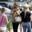 Maria Shriver est allée se promener à Malibu le 11 juin 2011